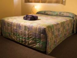 images/2-bedroom-self-contained-gallery/1-2bedroom-self-contained-motel-rooms-norseman-great-western-motel.jpg